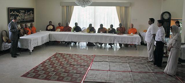 representing buddhist countries members of the sri lankan expatriate